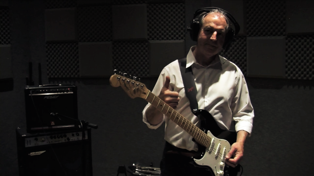 Phillip Foxley is a multi-genre songwriter, guitarist and music producer